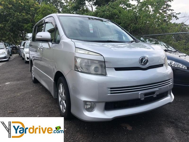 2009 Toyota Voxy  YD599297477 Vehicle Photo