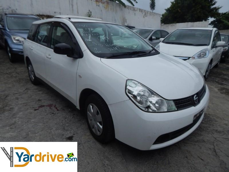 2013 Nissan Wingroad  YD0969674E3 Vehicle Photo