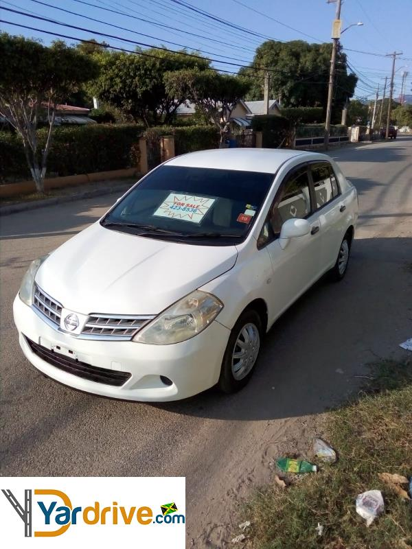 2011 Nissan Tiida  YD65558286F Vehicle Photo