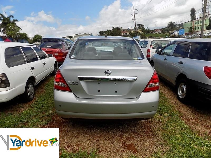 Cars For Sale In Jamaica 2011 Used Nissan Tiida Hatchback